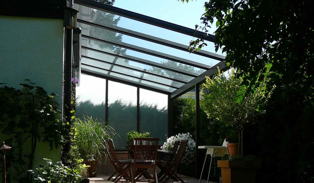 terrassen berdachung und berdachung f r eingang balkon. Black Bedroom Furniture Sets. Home Design Ideas